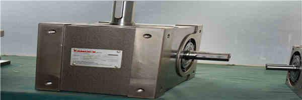 凸轮分割器出力轴与圆盘输出的联接方式
